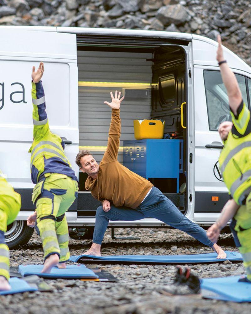 Volkswagen e-Crafter ombyggd till yogastudio
