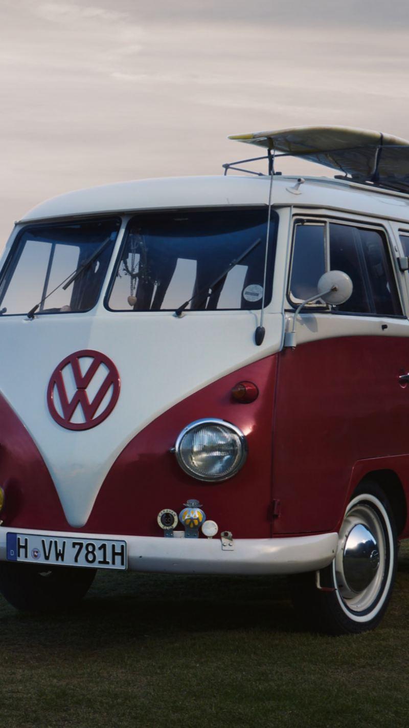 VW Folkabuss på en strand