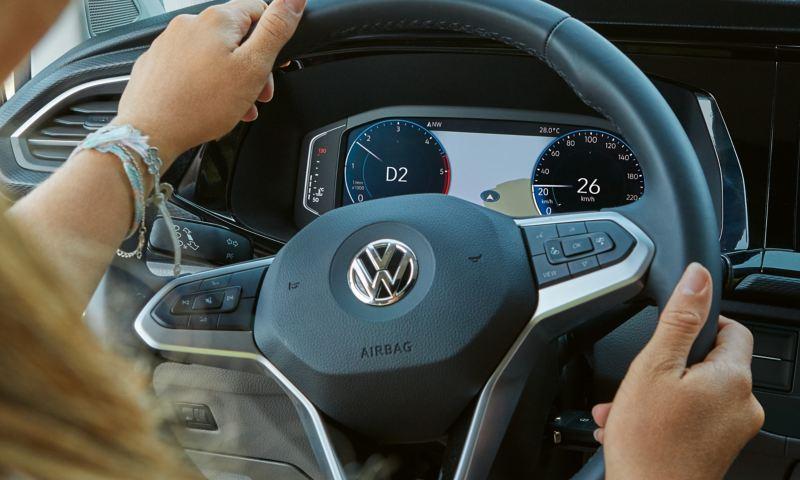 Cyfrowy kokpit Volkswagen California 6.1 Beach.