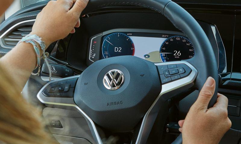 Digitale Tachoanzeigen im VW California.