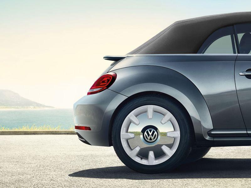 Les roues en alliage de la Beetle décapotable