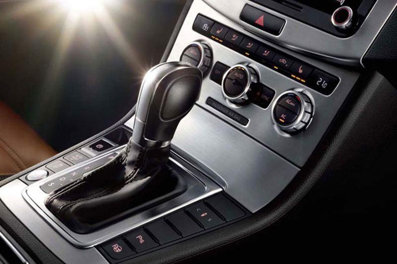 Gear stick shot of a Volkswagen CC.
