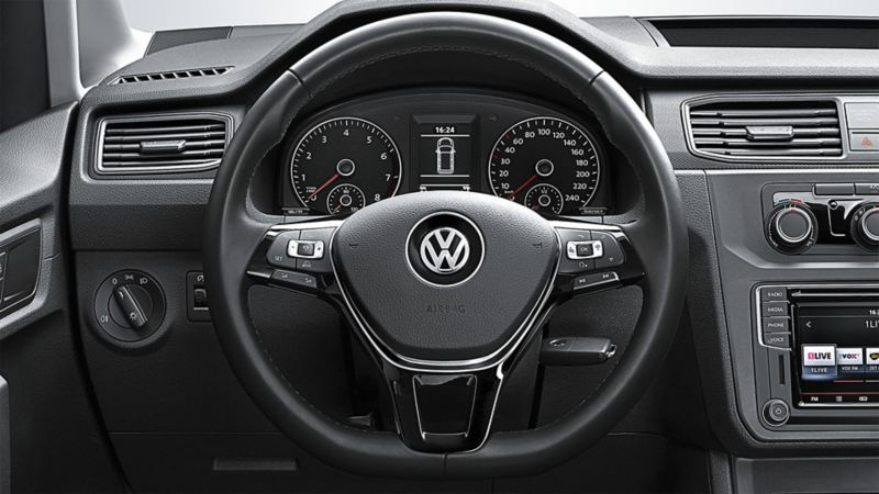vw-caddy-commercial-multifunction-steering-wheel