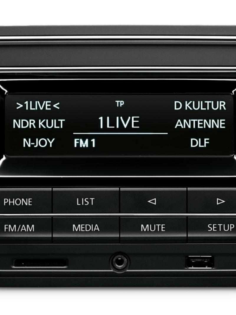 Composition Audio i en VW Caddy Skåp