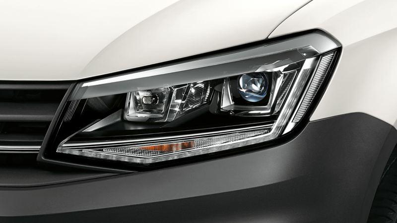 vw Volkswagen Caddy liten varebil Bi-Xenon frontlykter med LED kjørelys