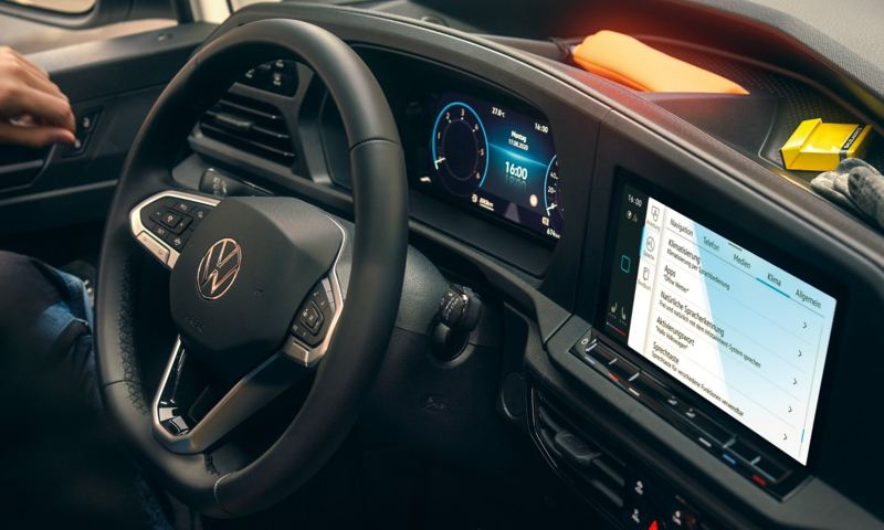 The Innovision Cockpit in the new Volkswagen Caddy Cargo.