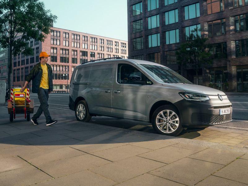 Der neue Volkswagen Caddy Cargo Maxi als Transportwagen.