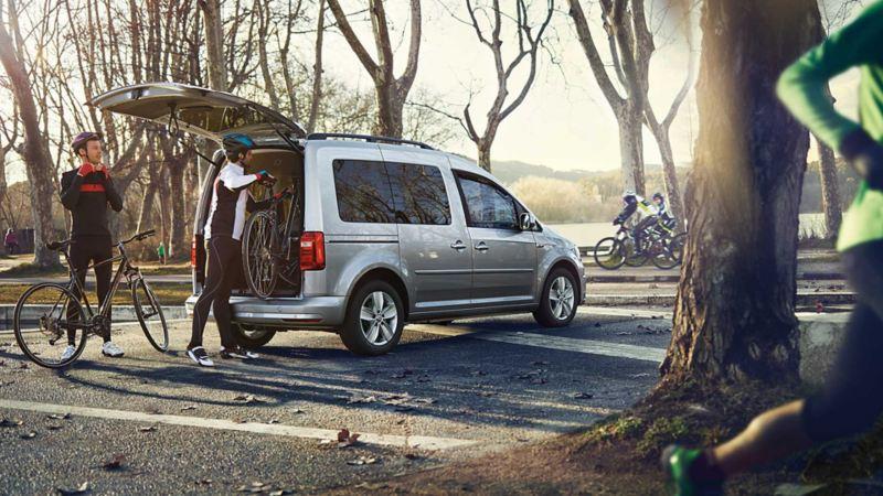 VW Volkswagen Caddy Maxi personbil familiebil flerbruksbil 7 seter 9 seter