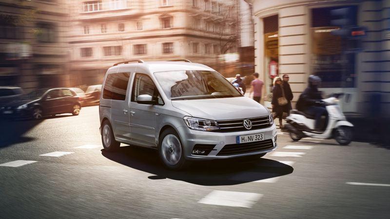 Volkswagen Caddy personbil i stadstrafik