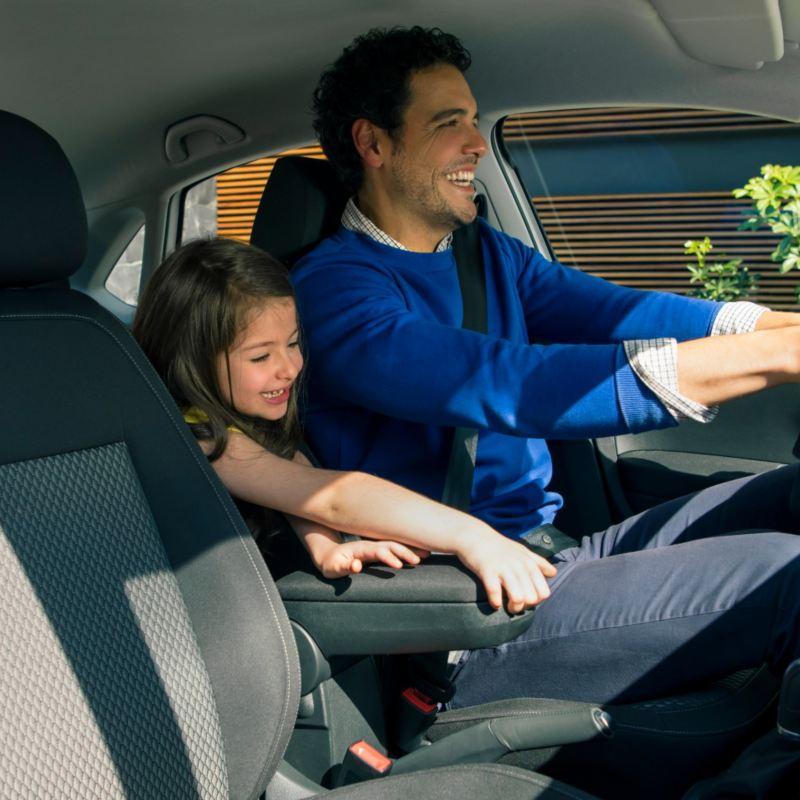 Trucos sobre cómo ahorrar gasolina al conducir tu auto o camioneta
