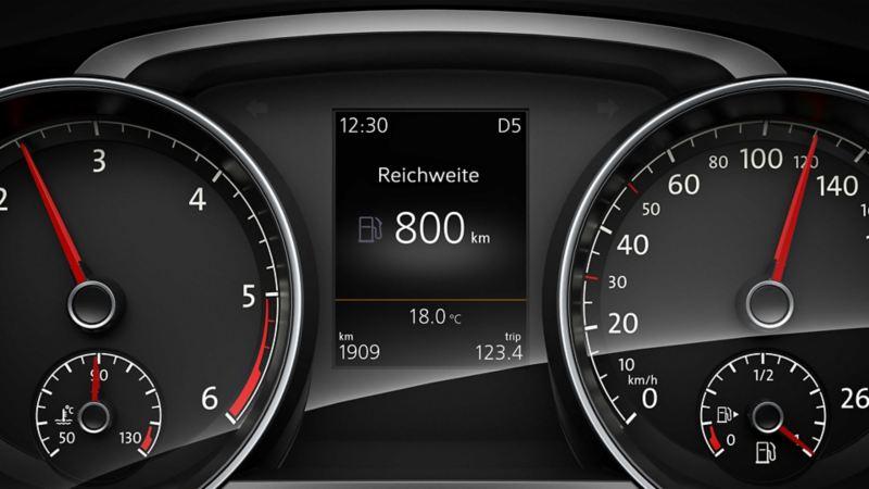 Dettaglio del computer di bordo su una Volkswagen