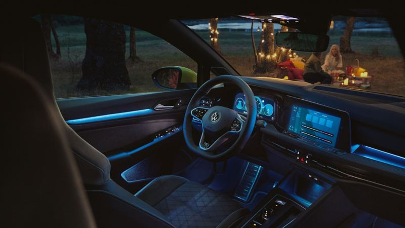 background lighting colours in the VW Golf 8