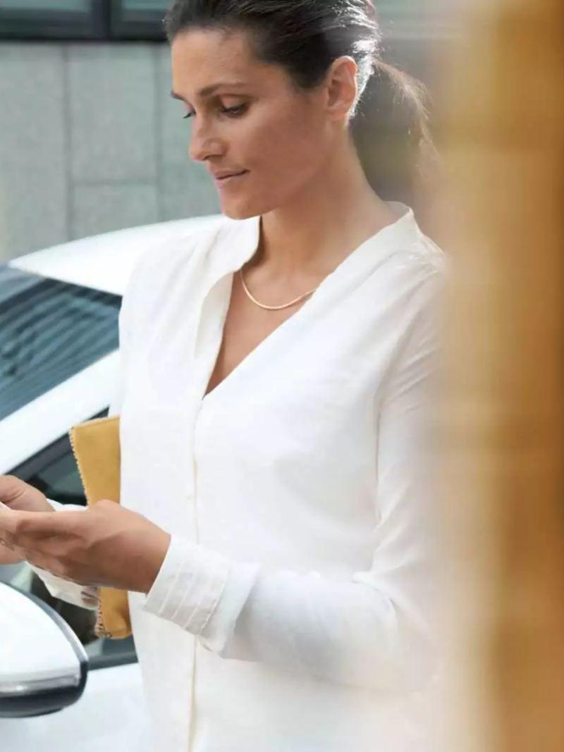 Services en ligne Car-Net pour controler le niveau de charge de la batterie