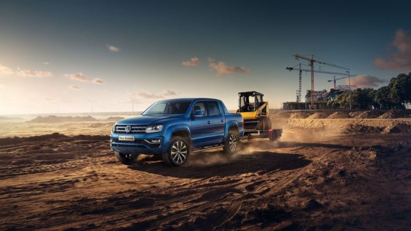 Amarok Blue in desert