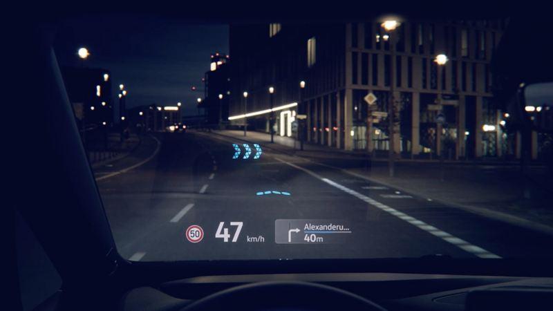 "vw Volkswagen ID. BUZZ Cargo elbil el bil el varebil elvarebil elektrisk personbil kjører på veien i ""Pilot"" kjøremodus"