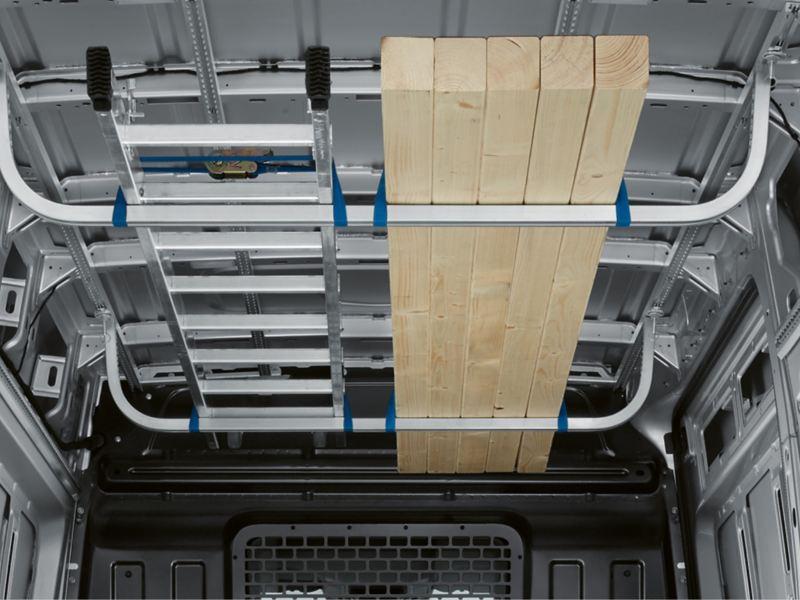 Lastsäkring i VW Crafter lätt lastbil