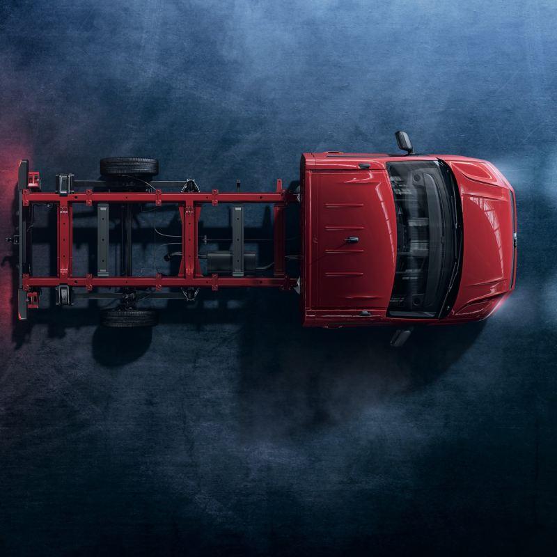 Czerwone Volkswagen Crafter Podwozie widziany z góry.
