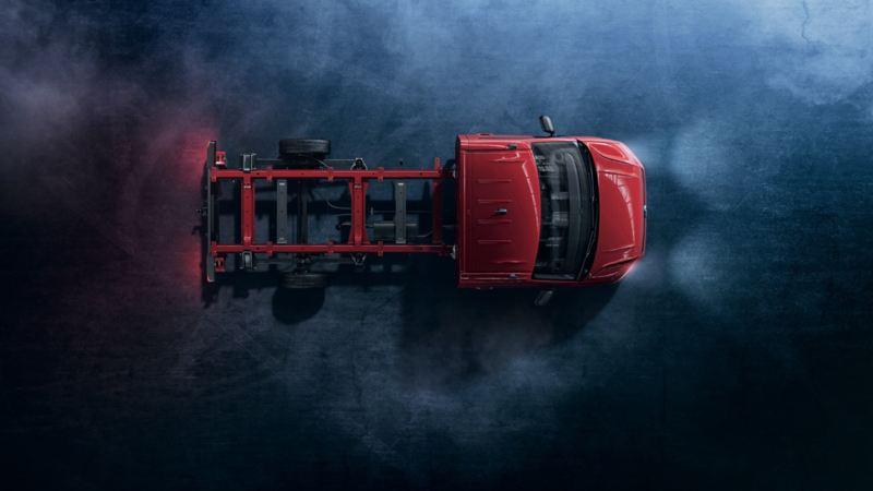 Czerwony Crafter podwozie z góry.