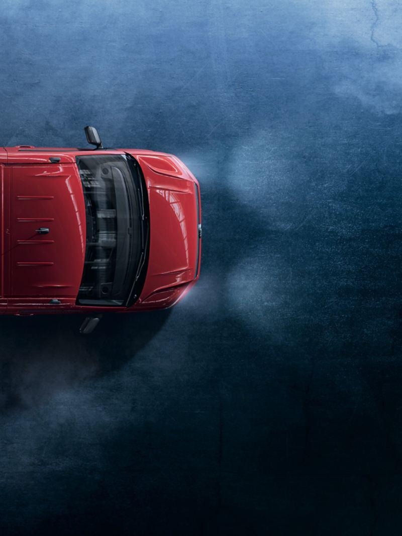 vw Volkswagen rødt Crafter chassis med enkeltkabin for planpåbygg sett ovenifra