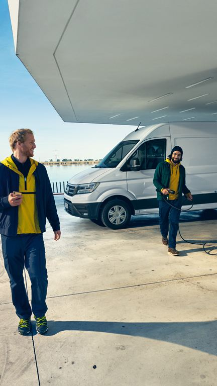 ID. Buzz Cargo e-Crafter Caddy TGI førerhus interiør elbil elvarebil nye elbiler vw Volkswagen 2020 hurtiglader vegglader elektrisk