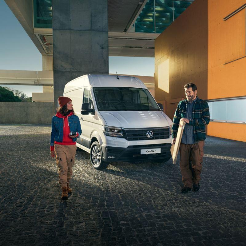 vw Volkswagen Crafter stor varebil kassebil budbil entreprenør håndverkere kampanje