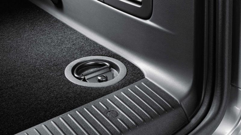 Fästögla i Volkswagen Caravelle