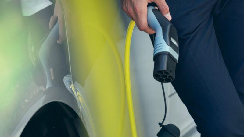 vw Volkswagen ABT e-Transporter elvarebil stor elektrisk el varebil miljøvennlig utslippsfri budbil kassebil 3 seter nullutslipp elbil ladekabel rekkevidde hurtiglader