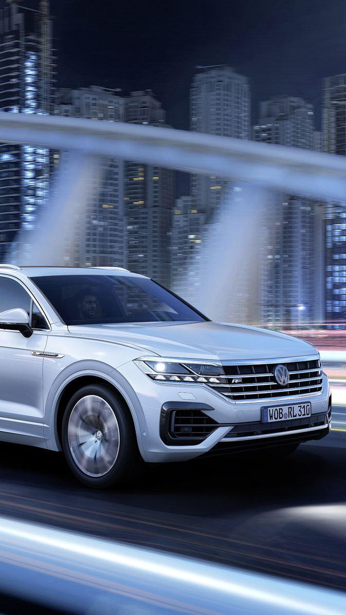"""Volkswagen Touareg nagrodzony w plebiscycie """"Auto Lider"""" tygodnika """"Motor"""" i miesięcznika """"Auto Moto"""""""