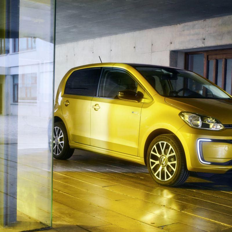 Już można zamawiać nowego elektrycznego Volkswagena e-up! w cenie od 96.290 złotych