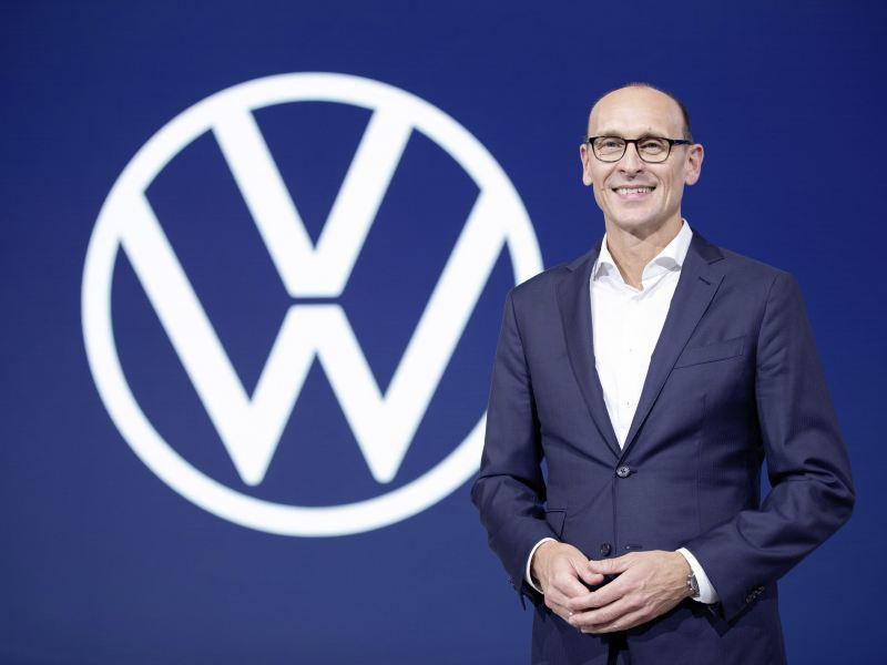 """""""Klient decyduje o tym, który rodzaj napędu spełnia jego wymagania"""" – Ralf Brandstätter, COO marki Volkswagen"""