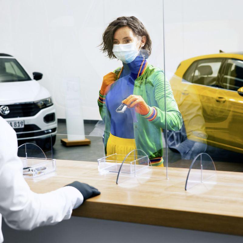 Volkswagen o trzy miesiące przedłuża gwarancję, a także przedłużoną opiekę pogwarancyjną Volkswagen Safe+