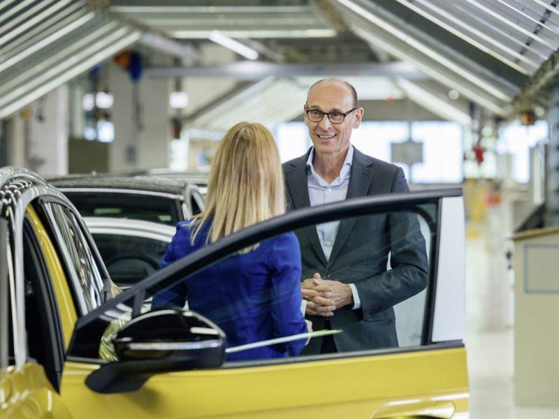 Po trójce przychodzi czwórka: początek seryjnej produkcji Volkswagena ID.4 w fabryce w Zwickau