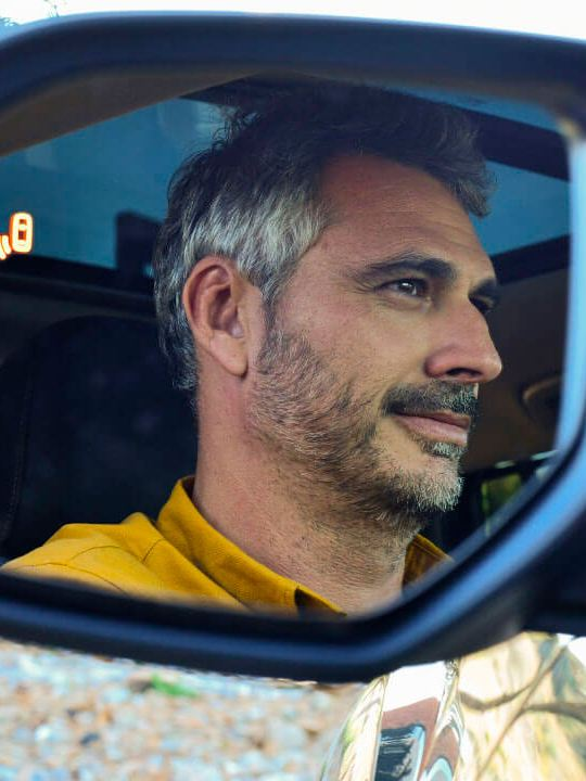 Detector de punto ciego equipado en espejos laterales del SUV Teramont 2019 de Volkswagen