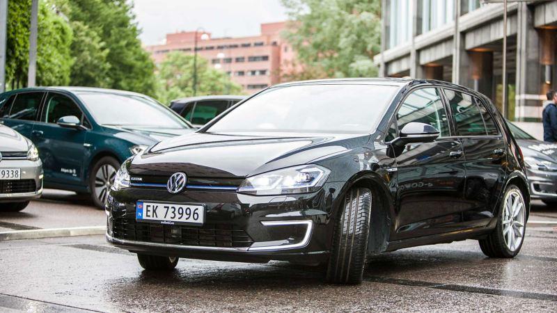 Volkswagen e-Golf sett forfra