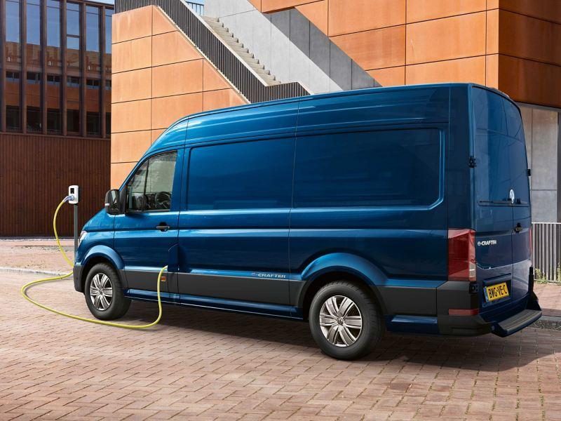 Opladen elektrische bedrijfswagen