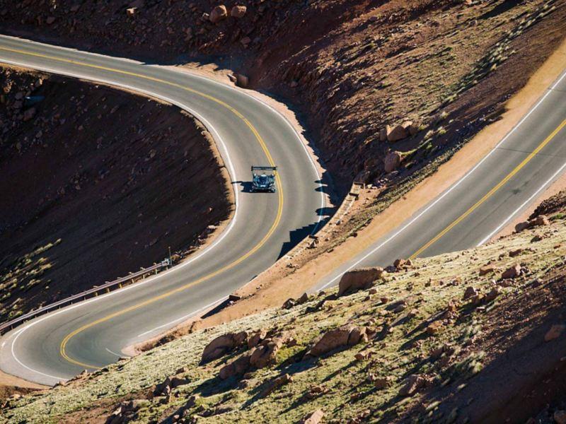 VW ID. R Pikes Peak durante la gara di montagna