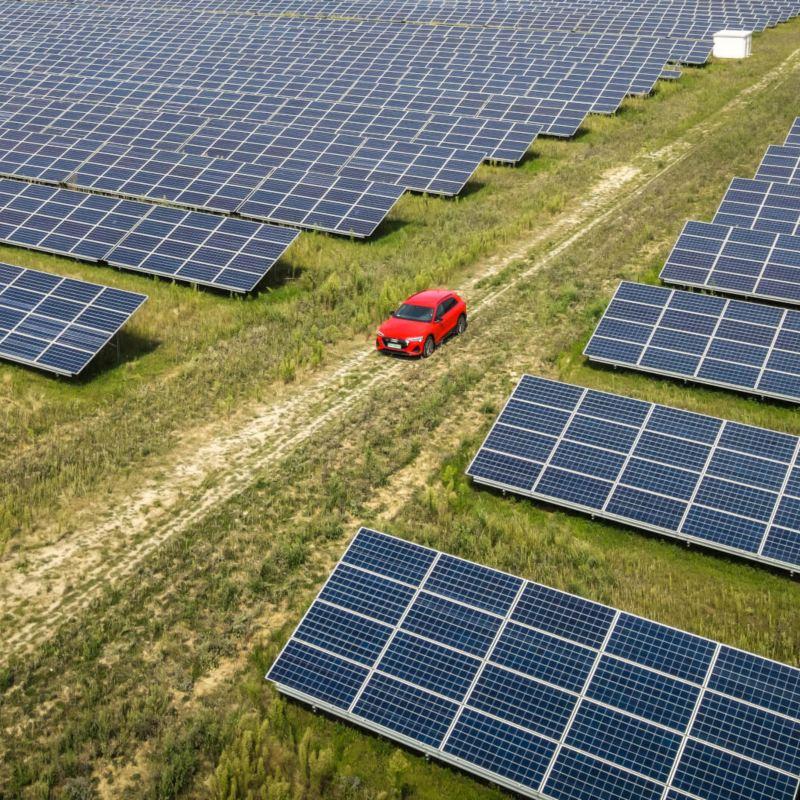 Energia elektryczna ze źródeł odnawialnych dla właścicieli samochodów elektrycznych i hybrydowych typu plug-in od Grupy Polenergia