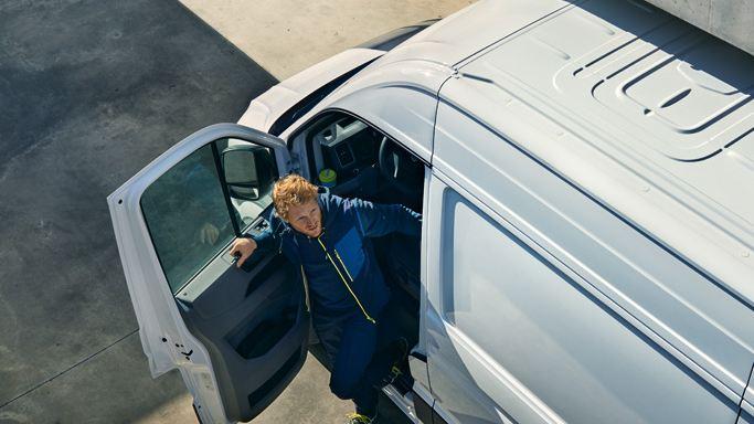 vw volkswagen bilforsikring varebil sølvgrå e-Crafter el varebil elektrisk