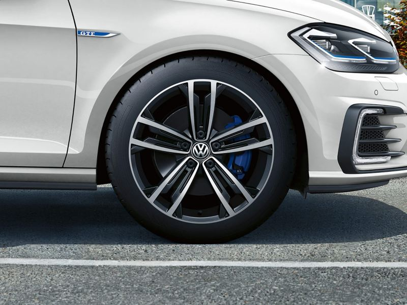 Alloy wheel shot of a Volkswagen Golf GTE.