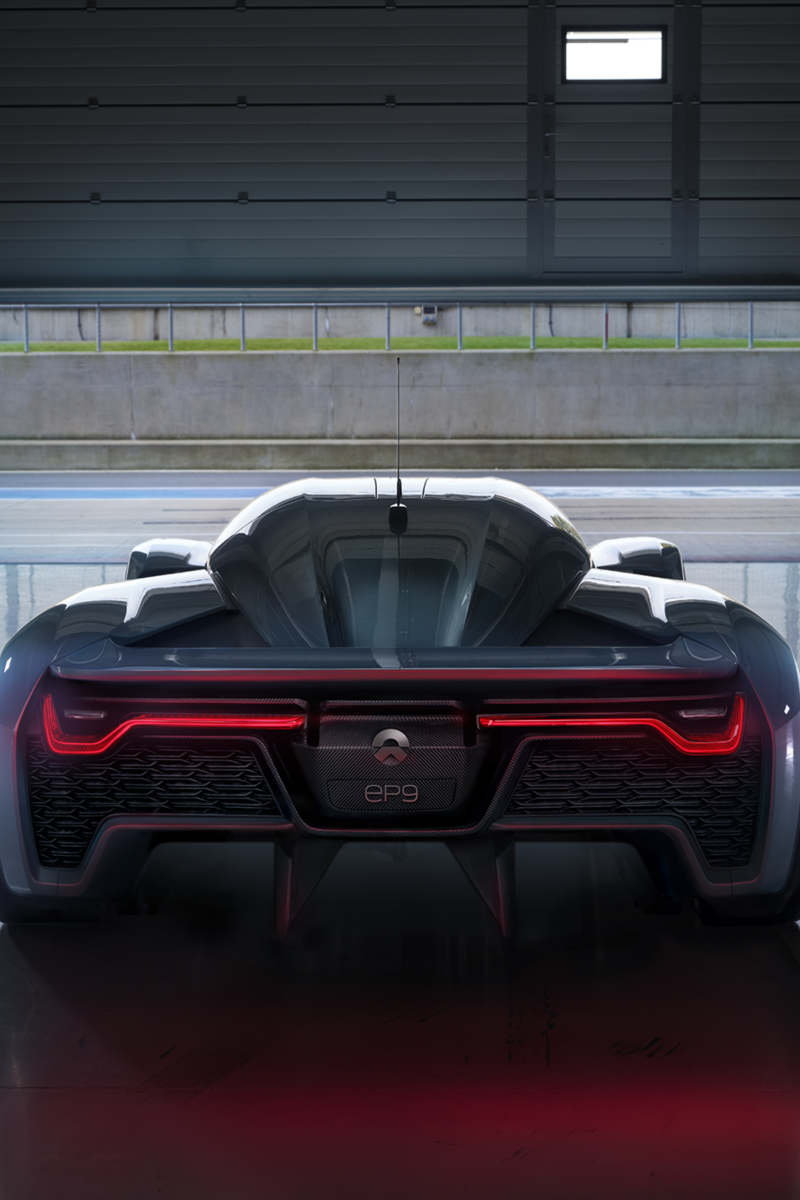 """Rear view of the """"NIO EP9"""""""