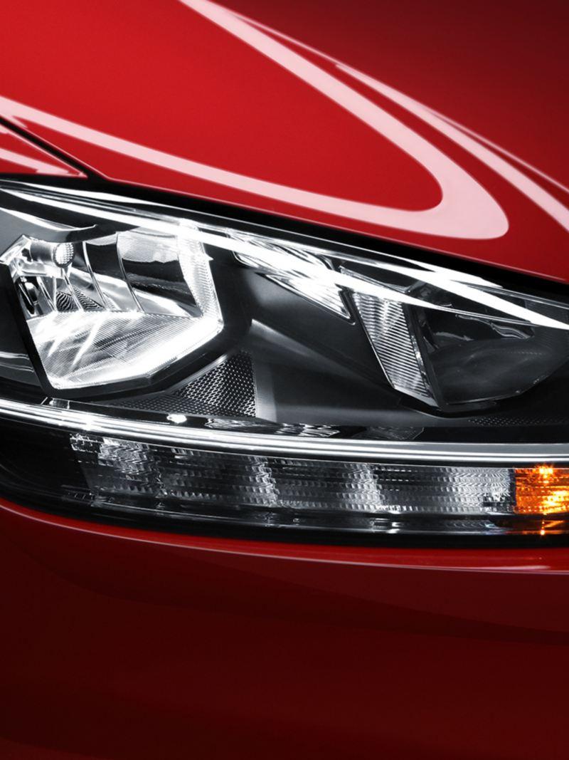 Faros con luz diura LED equipado en Golf 2020 carro compacto de Volkswagen