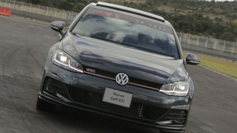 Estrena un auto deportivo Golf GTI de Volkswagen con los planes de financiamiento