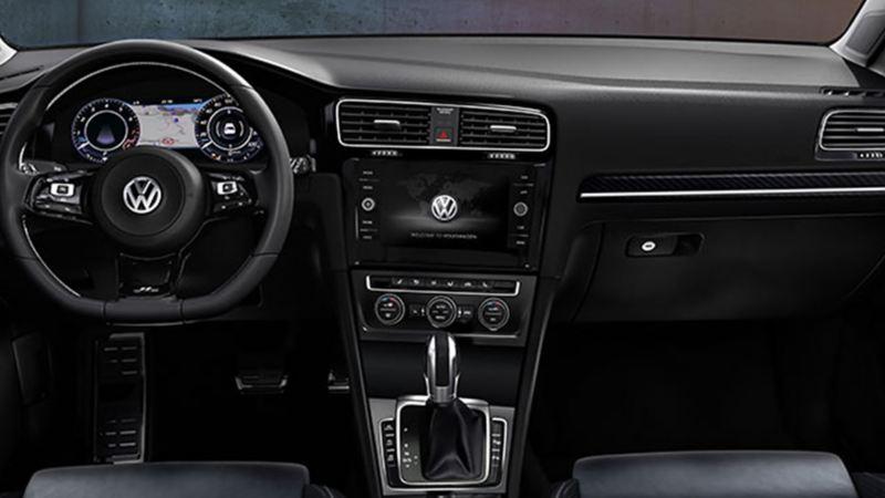 Interior de auto deportivo Golf R de Volkswagen