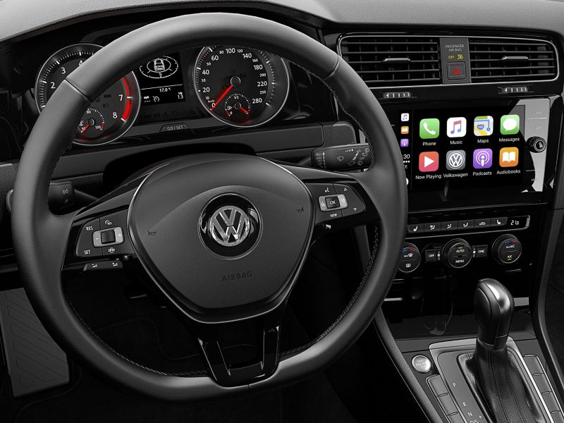 Be a smooth operator with this leather steering wheel on the Golf