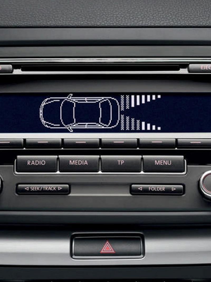 In built safety features of the Volkswagen Golf Estate.