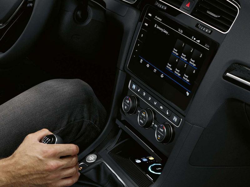 Volkswagen Golf interior Bluetooth connectivity