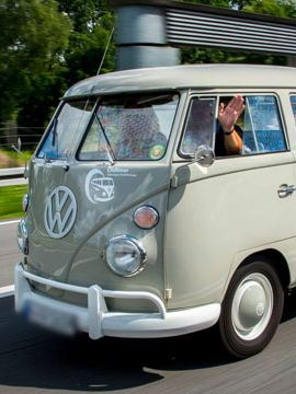 Volkswagen Utilitaires Combi Summer festival 70 ans gris