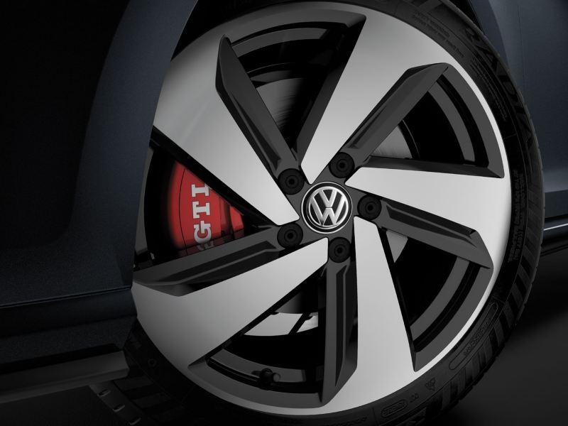 Alors ça, se sont des roues pour la Golf GTI