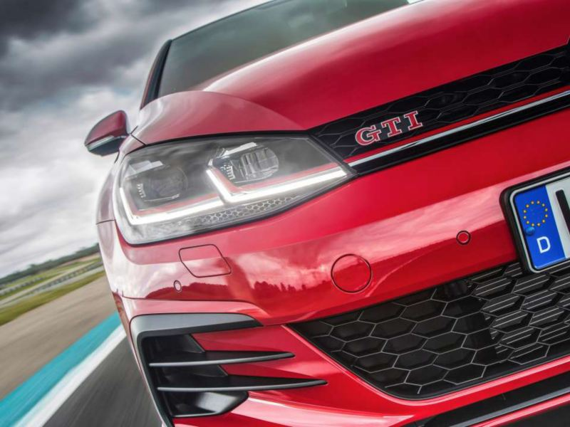 Golf GTI Performance Grille and lights