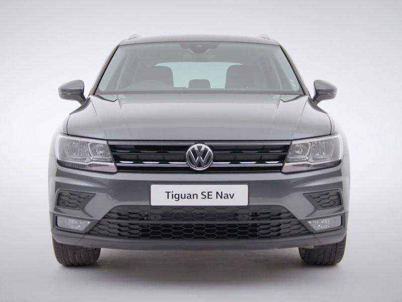 Volkswagen Tiguan SE Nav from the front